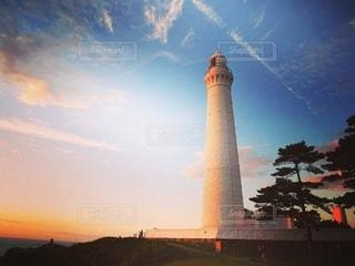 白い巨灯台の写真・画像素材[3376667]