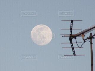 自然,風景,空,夕方,月,屋根,アンテナ,クレーター