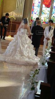 結婚式でディスプレイ上にある人のカップルの写真・画像素材[1228364]