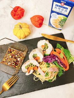 食べ物,野菜,簡単レシピ,清酒,タカラ,タカラ料理手帳,蒸し鶏野菜ロール巻き