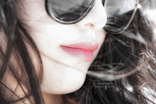 メガネの女性の写真・画像素材[3641713]