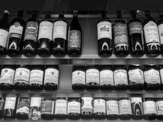 ワインの列の写真・画像素材[3621486]