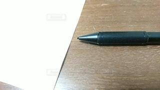 シャープペンとA4用紙の写真・画像素材[3389385]