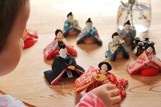 雛人形遊びの写真・画像素材[4220733]