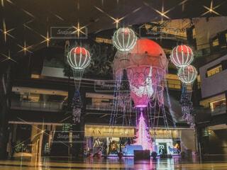 青,気球,アート,イルミネーション,クリスマス,丸,ブルー,ツリー,グランフロント大阪,グランフロントクリスマス,GrandWishChristmas2020