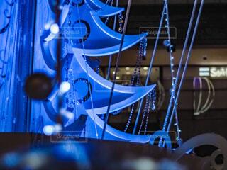青,イルミネーション,クリスマス,ブルー,ツリー,グランフロント大阪,クリスマス ツリー,ファッションアクセサリー,グランフロントクリスマス,GrandWishChristmas2020