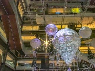 気球,イルミネーション,クリスマス,丸,ツリー,グランフロント大阪,クリスマス ツリー,ファッションアクセサリー,グランフロントクリスマス,GrandWishChristmas2020