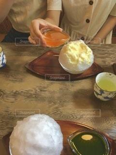あんず味のカキ氷の写真・画像素材[3594575]