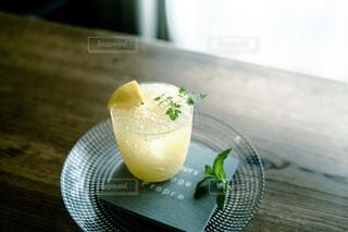 冷たいレモンサイダーの写真・画像素材[3455475]