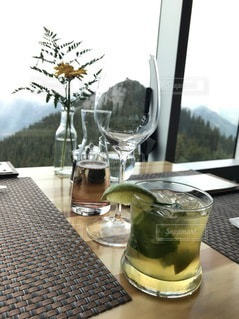 バンフの絶景の観れるレストランの写真・画像素材[3378594]