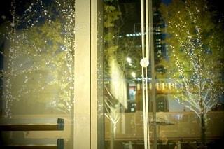 風景,建物,秋,カメラ,夜景,屋外,大阪,綺麗,窓,水面,アート,樹木,イルミネーション,ライトアップ,旅,イベント,クリスマス,ドア,デザイン,ツリー,Snapmart,明るい,お洒落,モニュメント,グランフロント,草木,ラグジュアリー,銀杏並木,アンバサダー,オススメ,クリスマスイルミネーション,風景写真,空間デザイン,PR,シャンパンゴールド,クリスマス ツリー,グランフロントクリスマス,Grand Wish Christmas 2020,グランフロント大坂,グランフロント大坂アンバサダー,グランフロント 北館,@grand.front.osaka,fujifilm_x_s10