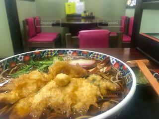 お店の天ぷら蕎麦の写真・画像素材[4001366]