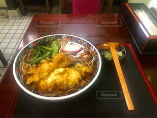 お店の天ぷら蕎麦の写真・画像素材[4001367]