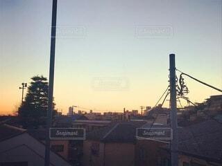 初日の出前の朝焼けの景色の写真・画像素材[4030201]