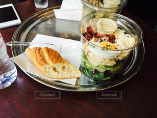 フランス,パリ,サラダ,健康,ゆか写,16区のカフェレストラン