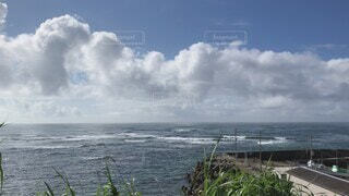 自然,風景,海,空,屋外,ビーチ,雲,堤防,船,水面,海岸,景色,癒し,灯台,漁港,のんびり,太平洋,日中
