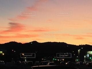 日没時の町の写真・画像素材[3394474]