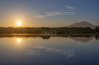 自然,風景,空,水面,山,反射,日の出