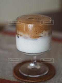 ダルゴナコーヒーの写真・画像素材[3410107]