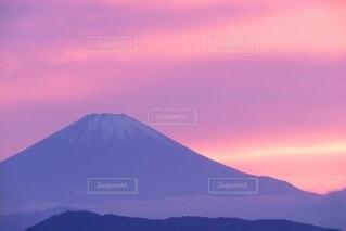 暮れ行く空と富士山の写真・画像素材[4615986]
