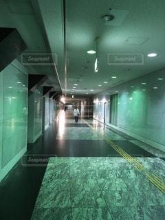 地下道にての写真・画像素材[3464975]