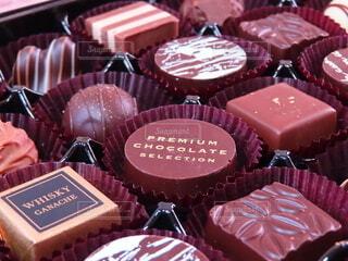 チョコレートのプレゼントの写真・画像素材[4144333]