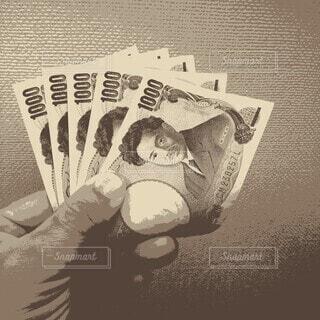 モノクロ,手持ち,人物,ポートレート,お金,ライフスタイル,手元,お札,千円札,ツートンカラー,5枚,ポスタライズ