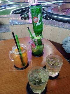 飲み物,インテリア,水,氷,ガラス,コップ,食器,ドリンク,ライフスタイル,鯉カフェ,Koi Cafe