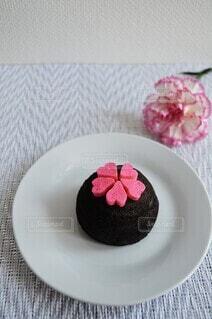 バレンタインにいただいたチョコレートケーキの写真・画像素材[4203779]
