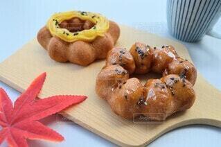 お芋のドーナツの写真・画像素材[4910776]