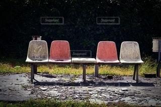 哀愁の椅子の写真・画像素材[3477904]