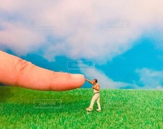 指 vs 拳の写真・画像素材[3484216]