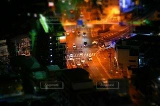 夜の交差点の写真・画像素材[3487161]
