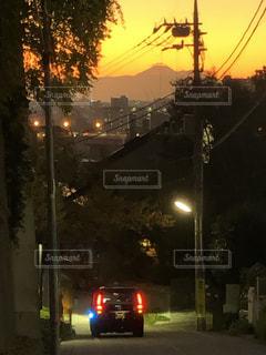 夕暮れの富士見坂の写真・画像素材[3519583]