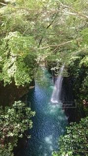 虹がかかった高千穂峡の写真・画像素材[3516713]
