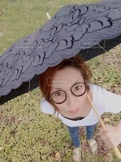 日傘とメガネです。の写真・画像素材[3687996]