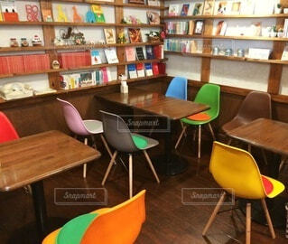本がたくさんあるカフェです。の写真・画像素材[3698715]