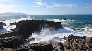 冬の日本海の写真・画像素材[3530494]