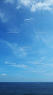 空の青と本当の気持ち5の写真・画像素材[3535490]