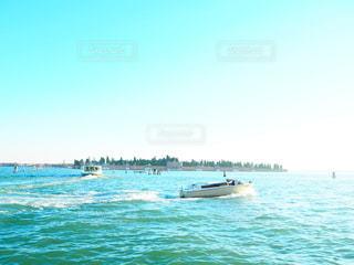 ベニスのボートの写真・画像素材[3538416]