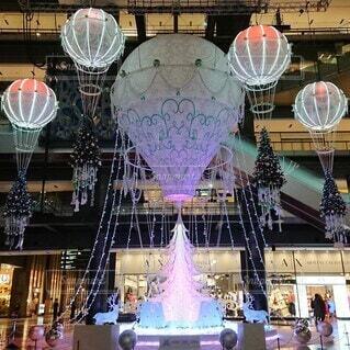 夜,気球,光,イルミネーション,ライトアップ,クリスマス,たくさん,明るい,グランフロント大阪,クリスマス ツリー,グランフロントクリスマス