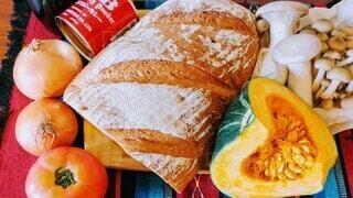 食べ物,秋,パン,トマト,野菜,サンドイッチ,食品,たくさん,料理,おいしい,玉ねぎ,食材,フレッシュ,ベジタブル,きのこ,カボチャ,秋の味覚