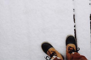 雪板に足のペアの写真・画像素材[1798651]