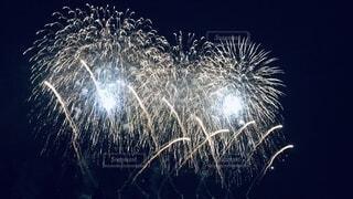 美しい花火達の写真・画像素材[3670328]