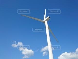 青空と風車の写真・画像素材[3812059]