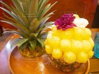 パイナップルのかき氷の写真・画像素材[3608655]