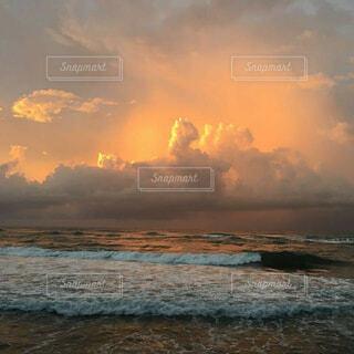 自然,風景,海,空,屋外,太陽,ビーチ,雲,夕暮れ,水面,海岸,日の出,くもり