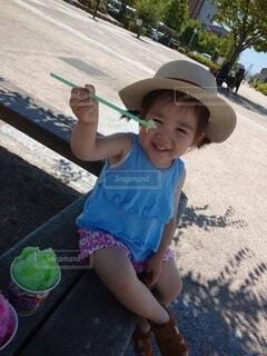 彼女の歯を磨く小さな女の子の写真・画像素材[3623528]