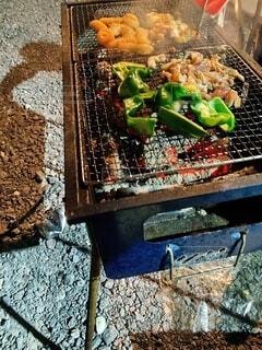 食べ物,食事,屋内,フード,地面,金属,飲食