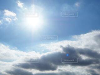 青空の雲の写真・画像素材[3725346]